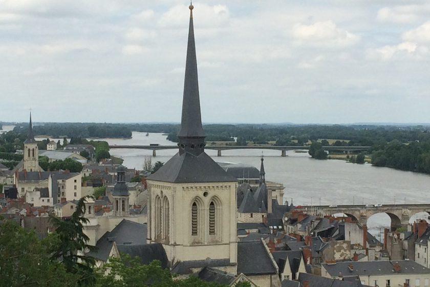 VILLE églises St Pierre et St Nicolas la Loire