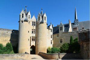 Le château de Montreuil Bellay, forteresse médiévale mais aussi château renaissance